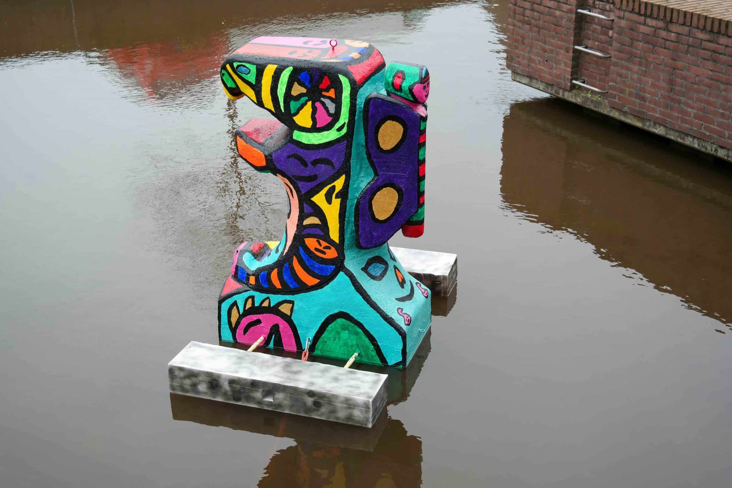 Jaboscreations-statue-in-the-water-5